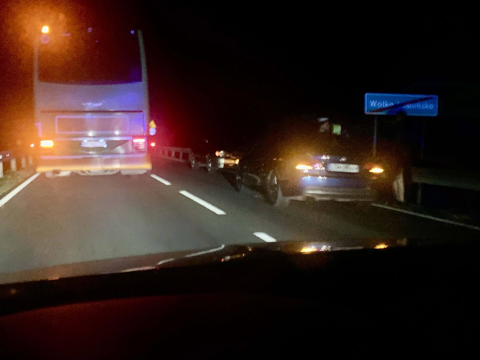 img 3607 Pijany i bez odblasków szedł ruchliwą drogą. Potrącił go kierowca BMW (ZDJĘCIA)