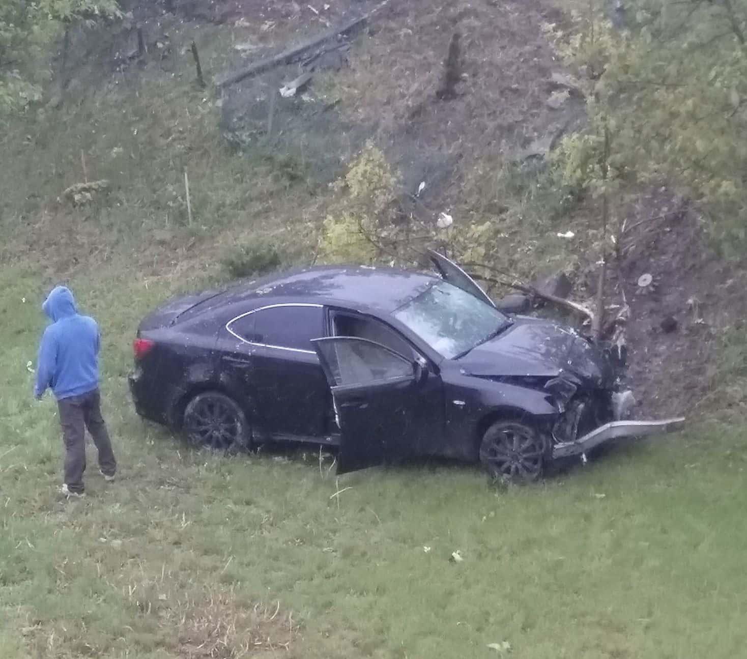 img 9251 Zamość: Mogło dojść do tragedii! Samochód wypadł z drogi i wpadł na teren placu zabaw.