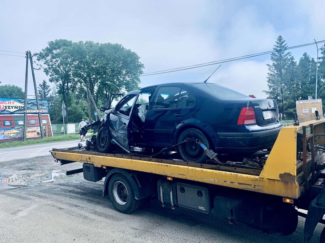 img 9468 Zderzenie Volkswagena z Renault zablokowało skrzyżowanie w Kalinowicach (ZDJĘCIA)