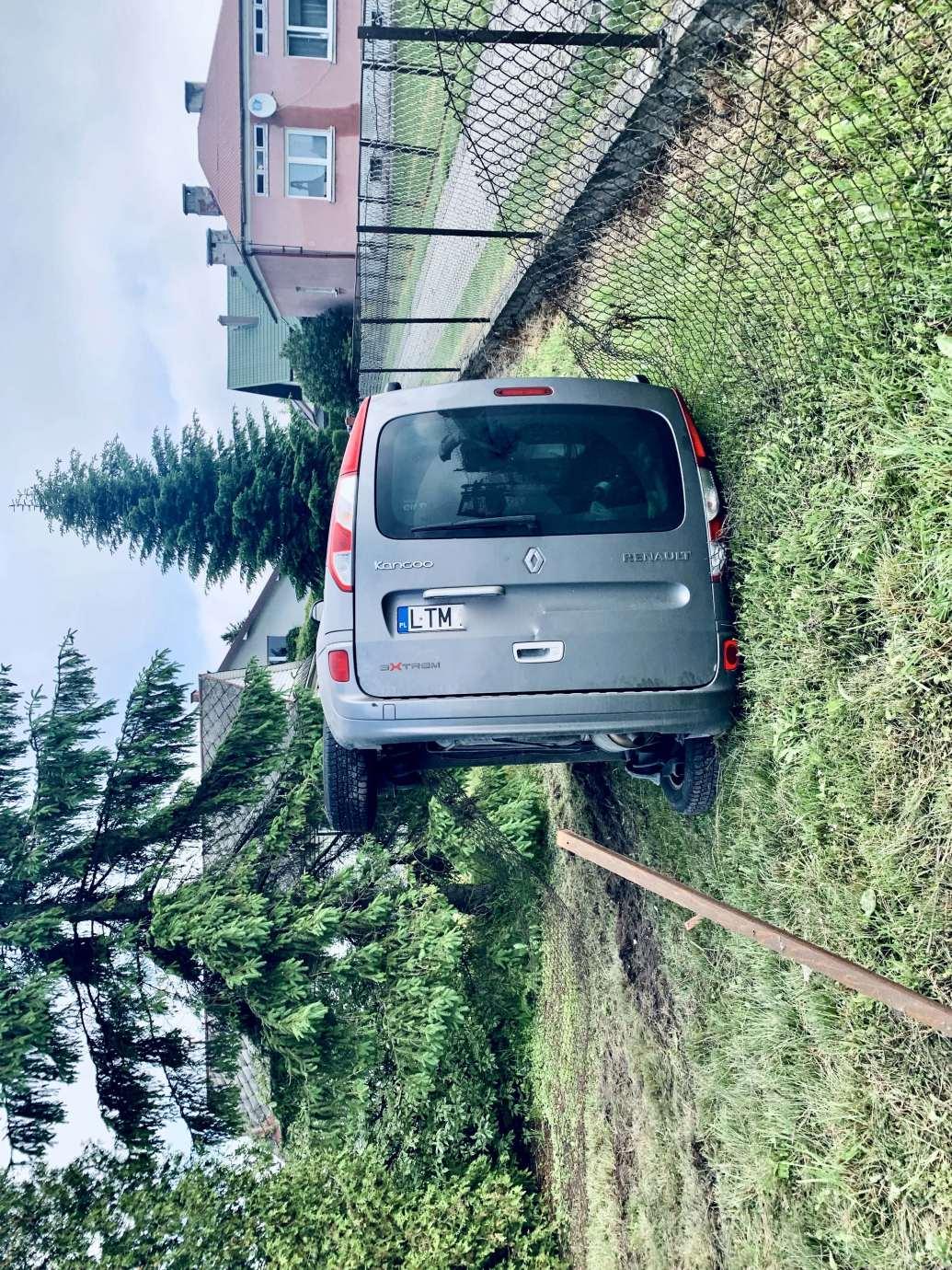 img 9472 Zderzenie Volkswagena z Renault zablokowało skrzyżowanie w Kalinowicach (ZDJĘCIA)