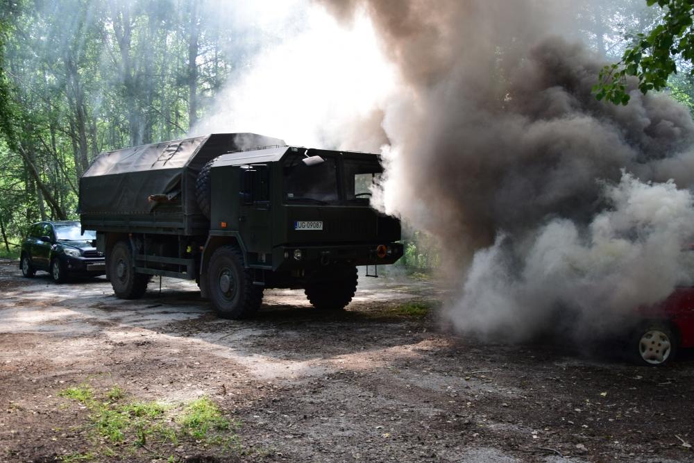 1 cw Sitaniec: Zderzenie ciężarówki przewożącej żołnierzy z samochodem osobowym. [Wspólne ćwiczenia strażaków i żołnierzy]