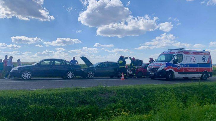 116070286 1231095157238939 6510015235161941270 n Z ostatniej chwili: zablokowana droga po zderzeniu trzech aut