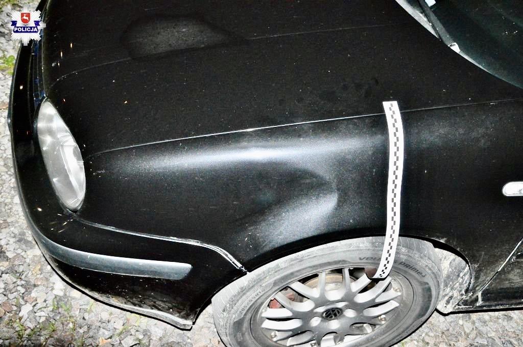 68 171092 Zamknęli restaurację, więc tak się zdenerwował, że musiał skopać Volkswagena