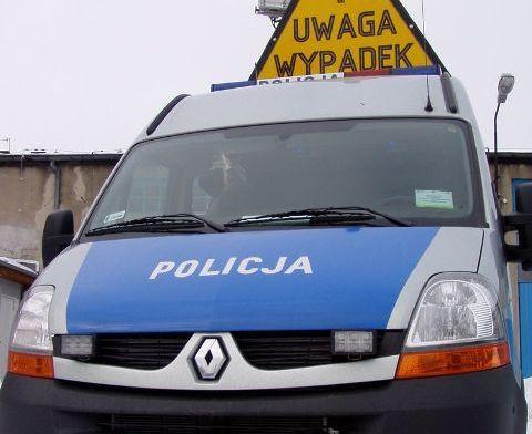 68 172306 28 - letni rowerzysta wjechał wprost pod koła Volkswagena