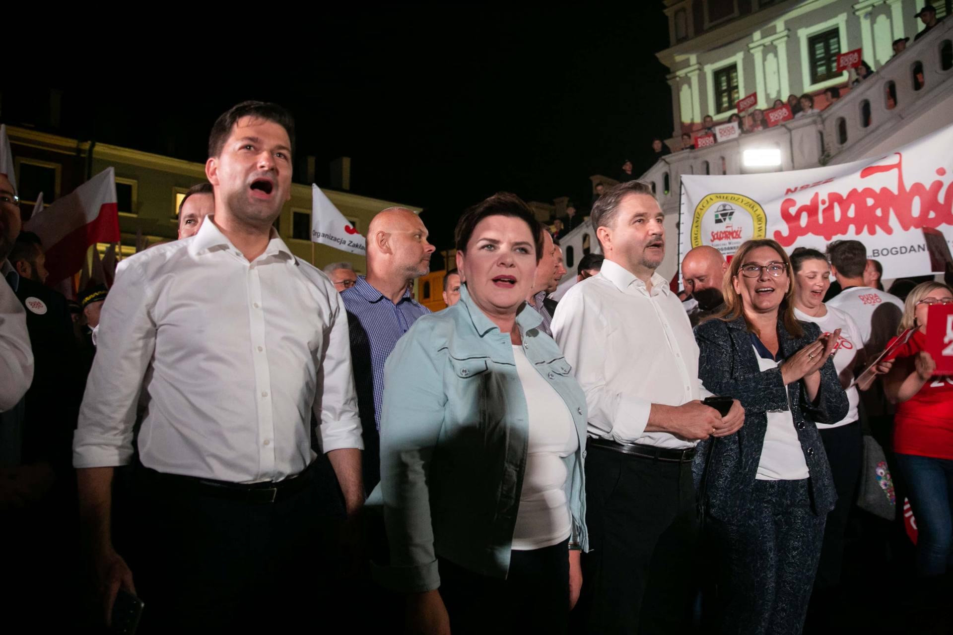 andrzej duda w zamosciu 105 Andrzej Duda prezydentem RP na drugą kadencję. PKW podała wyniki z prawie wszystkich komisji wyborczych.