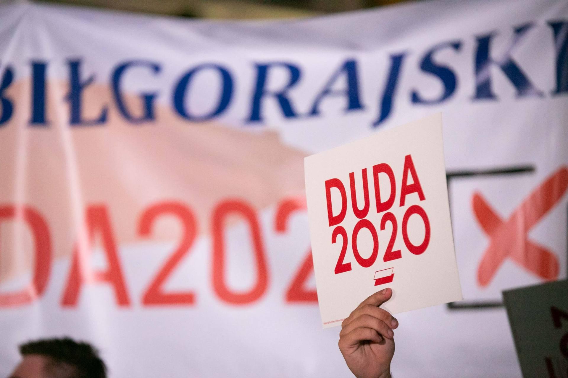 andrzej duda w zamosciu 17 Andrzej Duda prezydentem RP na drugą kadencję. PKW podała wyniki z prawie wszystkich komisji wyborczych.
