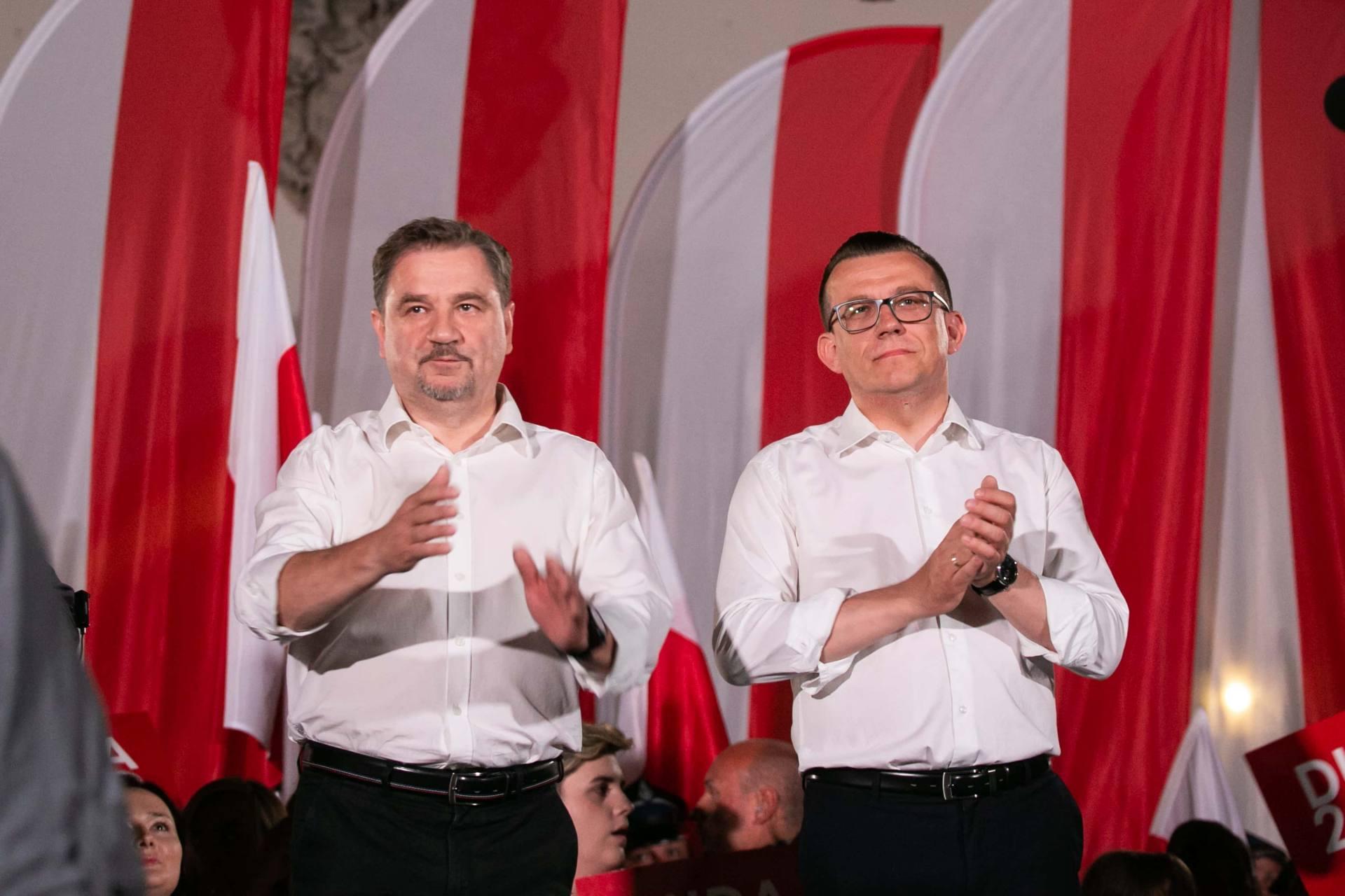 andrzej duda w zamosciu 39 Andrzej Duda prezydentem RP na drugą kadencję. PKW podała wyniki z prawie wszystkich komisji wyborczych.