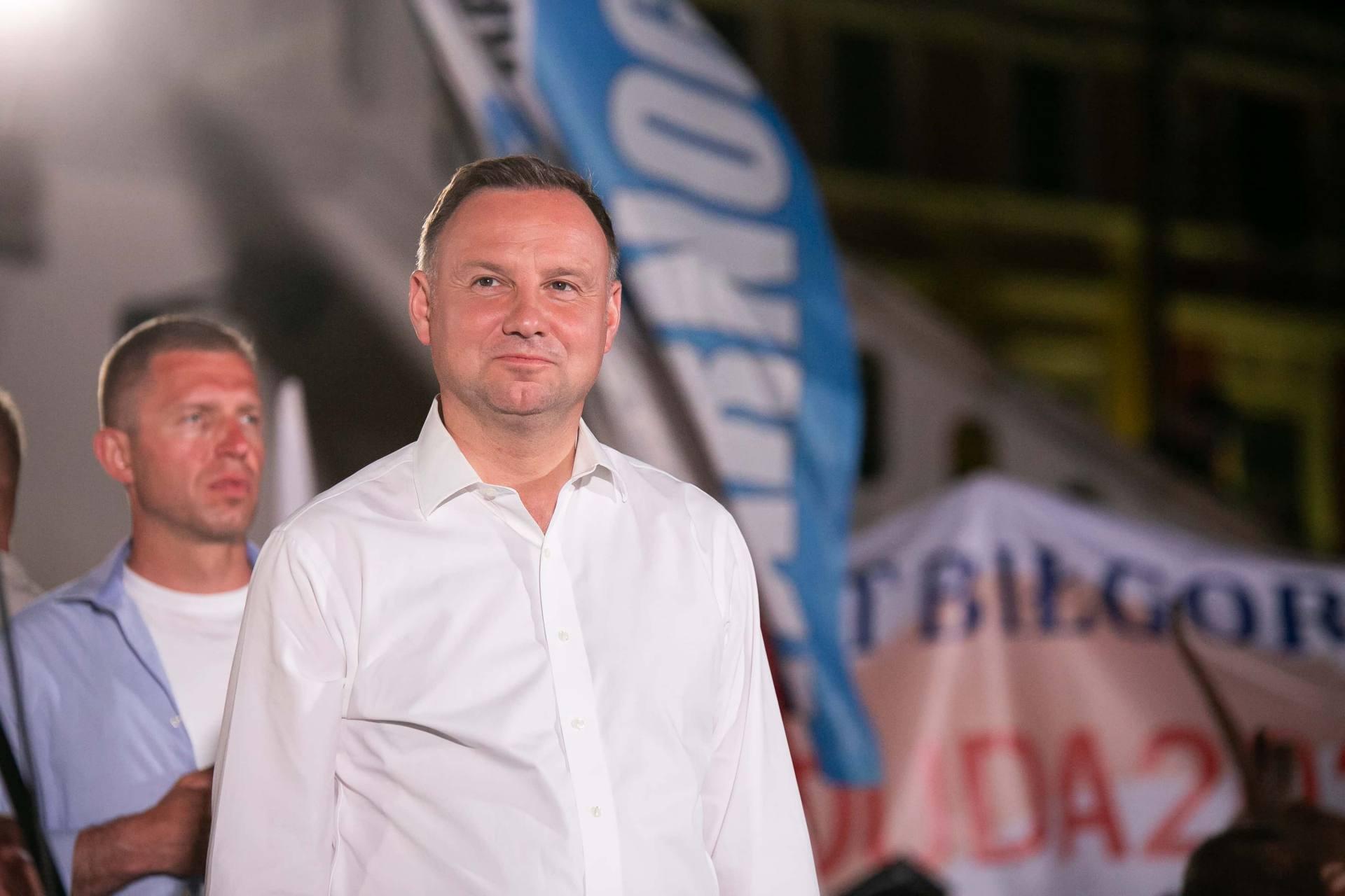 andrzej duda w zamosciu 59 Andrzej Duda prezydentem RP na drugą kadencję. PKW podała wyniki z prawie wszystkich komisji wyborczych.