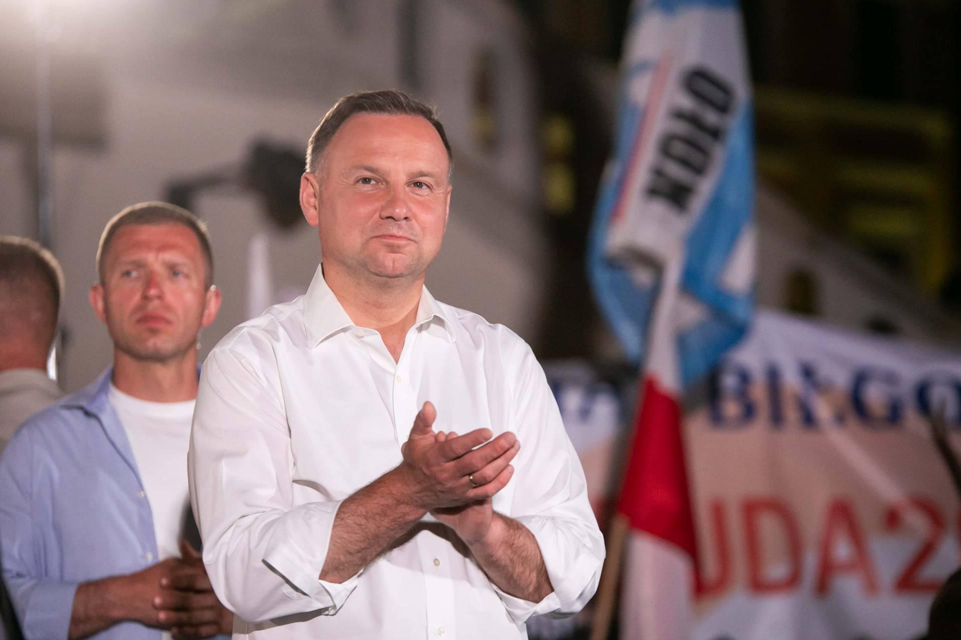 andrzej duda w zamosciu 62 Andrzej Duda prezydentem RP na drugą kadencję. PKW podała wyniki z prawie wszystkich komisji wyborczych.