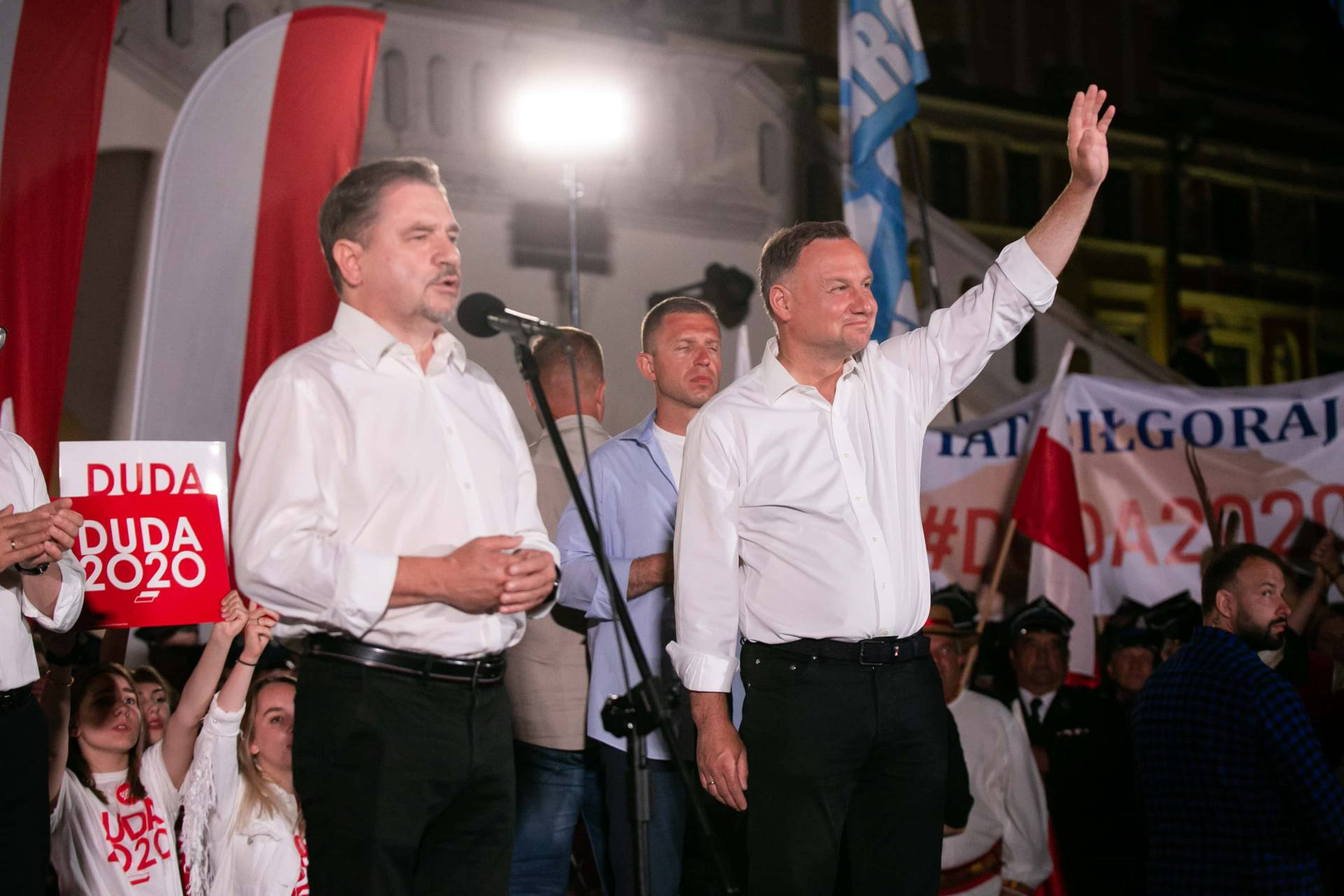 andrzej duda w zamosciu 63 Andrzej Duda prezydentem RP na drugą kadencję. PKW podała wyniki z prawie wszystkich komisji wyborczych.