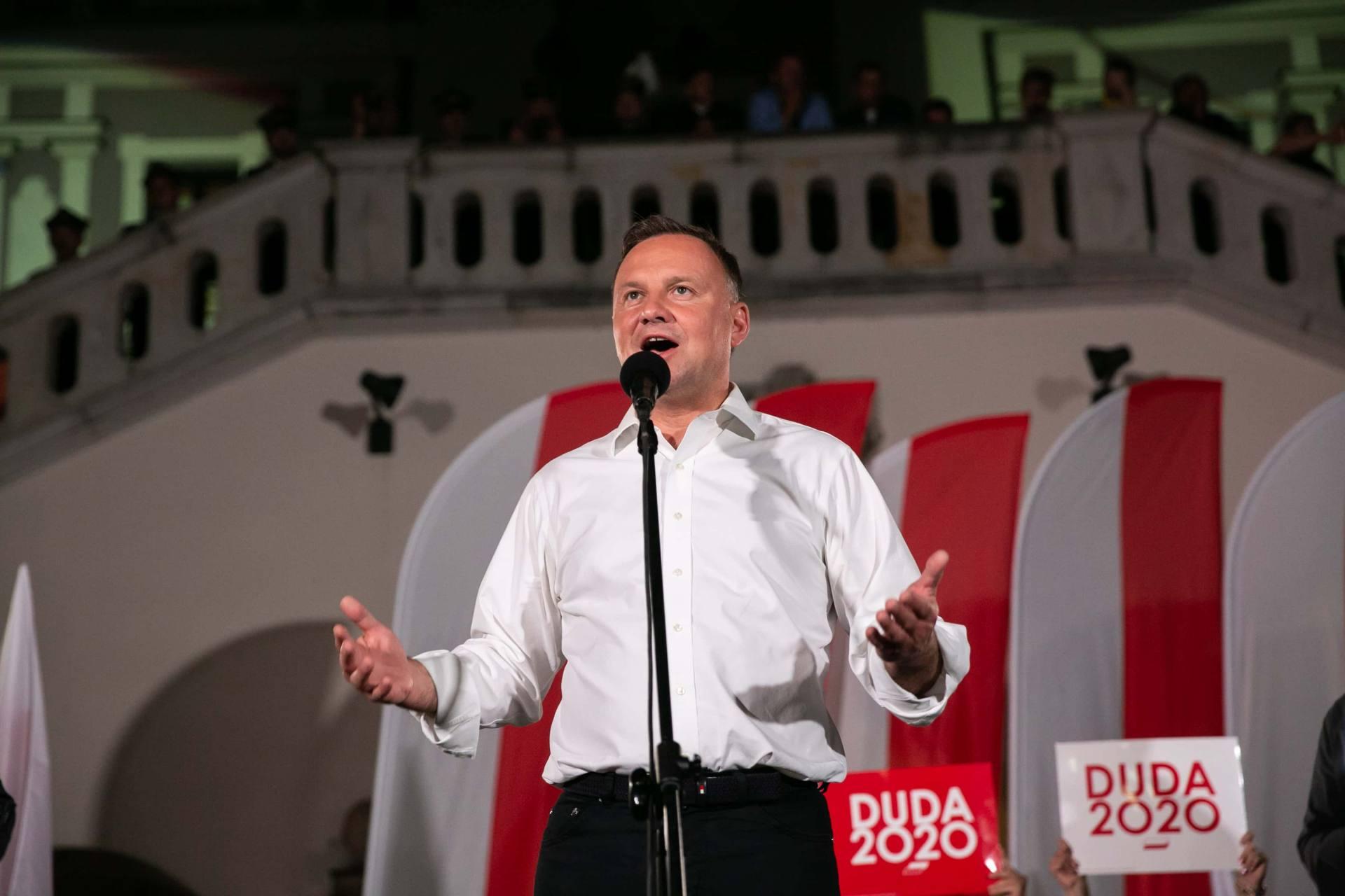 andrzej duda w zamosciu 74 Andrzej Duda prezydentem RP na drugą kadencję. PKW podała wyniki z prawie wszystkich komisji wyborczych.