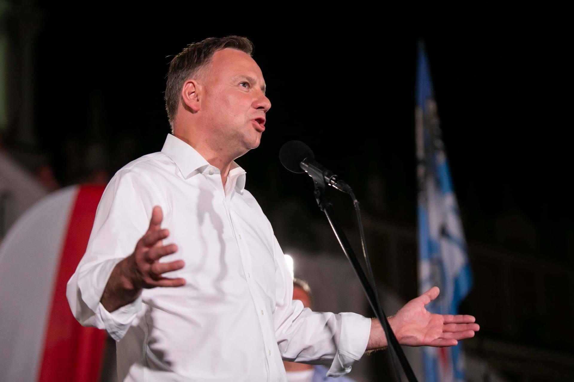 andrzej duda w zamosciu 77 Andrzej Duda prezydentem RP na drugą kadencję. PKW podała wyniki z prawie wszystkich komisji wyborczych.