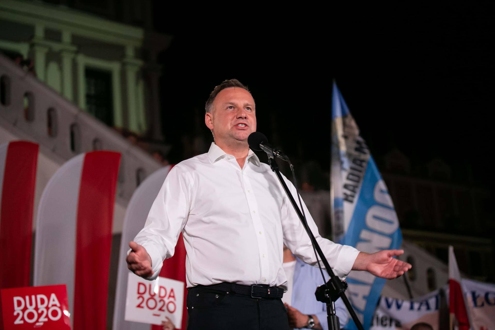 andrzej duda w zamosciu 78 Andrzej Duda prezydentem RP na drugą kadencję. PKW podała wyniki z prawie wszystkich komisji wyborczych.