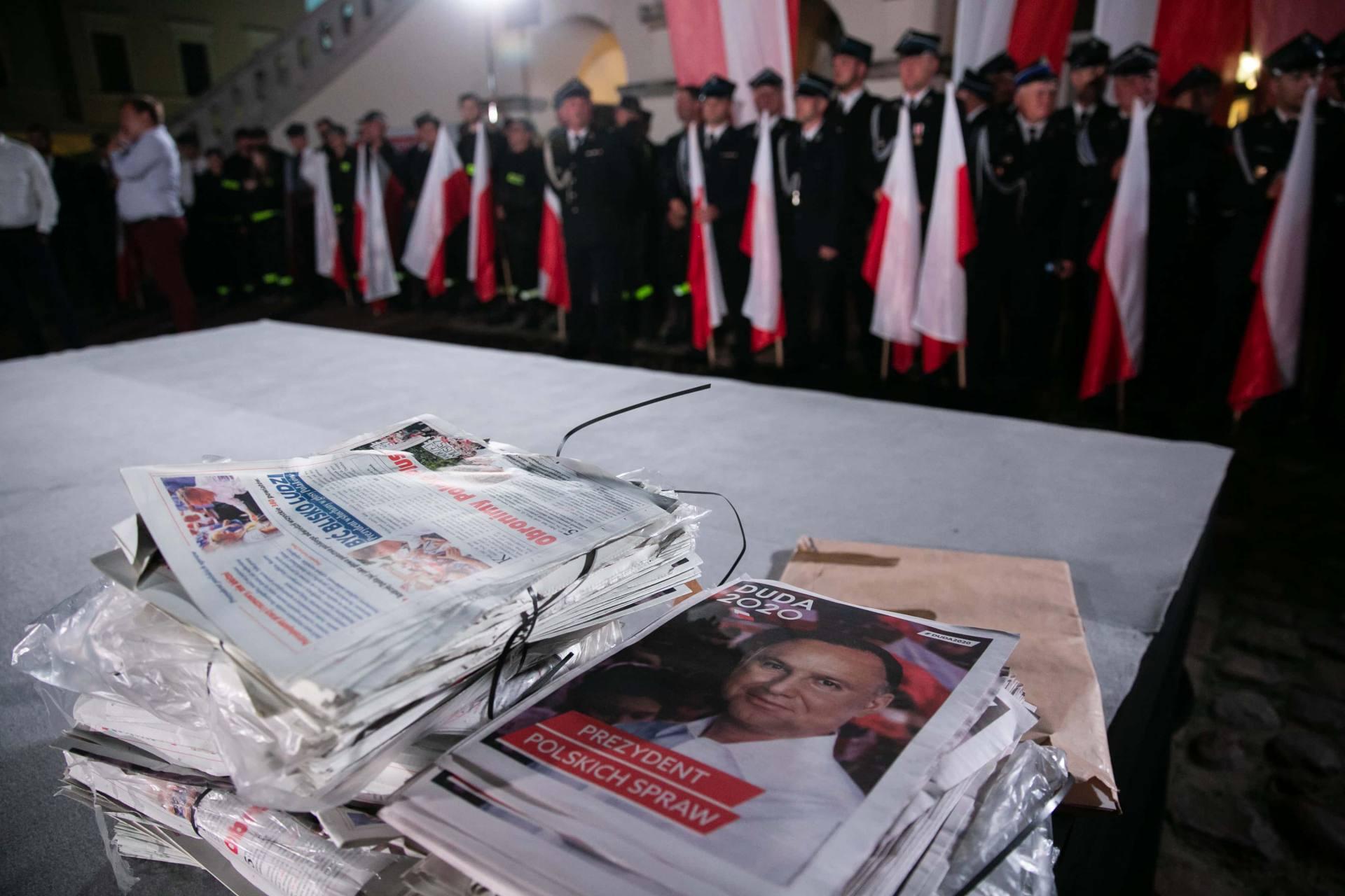 andrzej duda w zamosciu 8 Andrzej Duda prezydentem RP na drugą kadencję. PKW podała wyniki z prawie wszystkich komisji wyborczych.