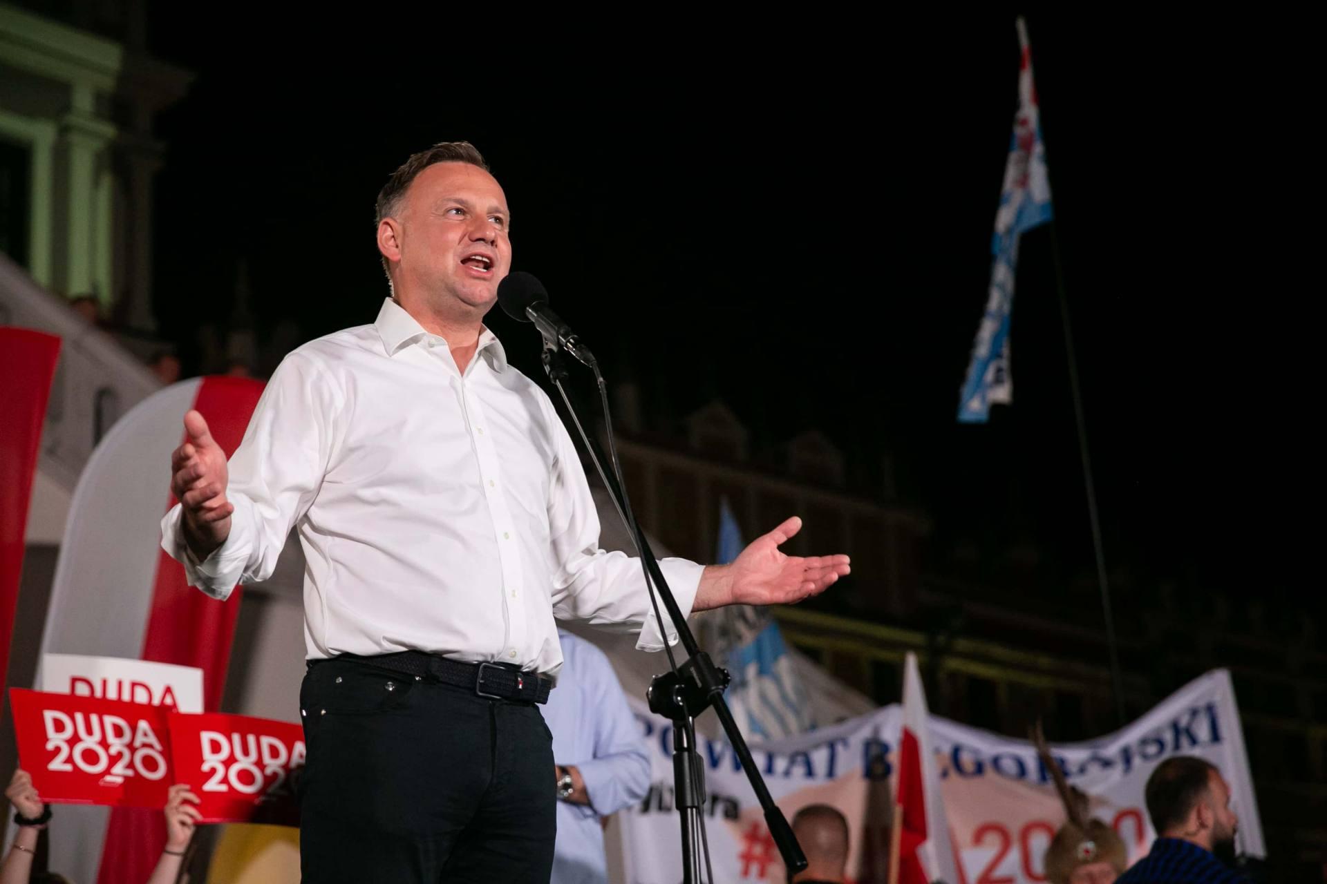 andrzej duda w zamosciu 80 Andrzej Duda prezydentem RP na drugą kadencję. PKW podała wyniki z prawie wszystkich komisji wyborczych.