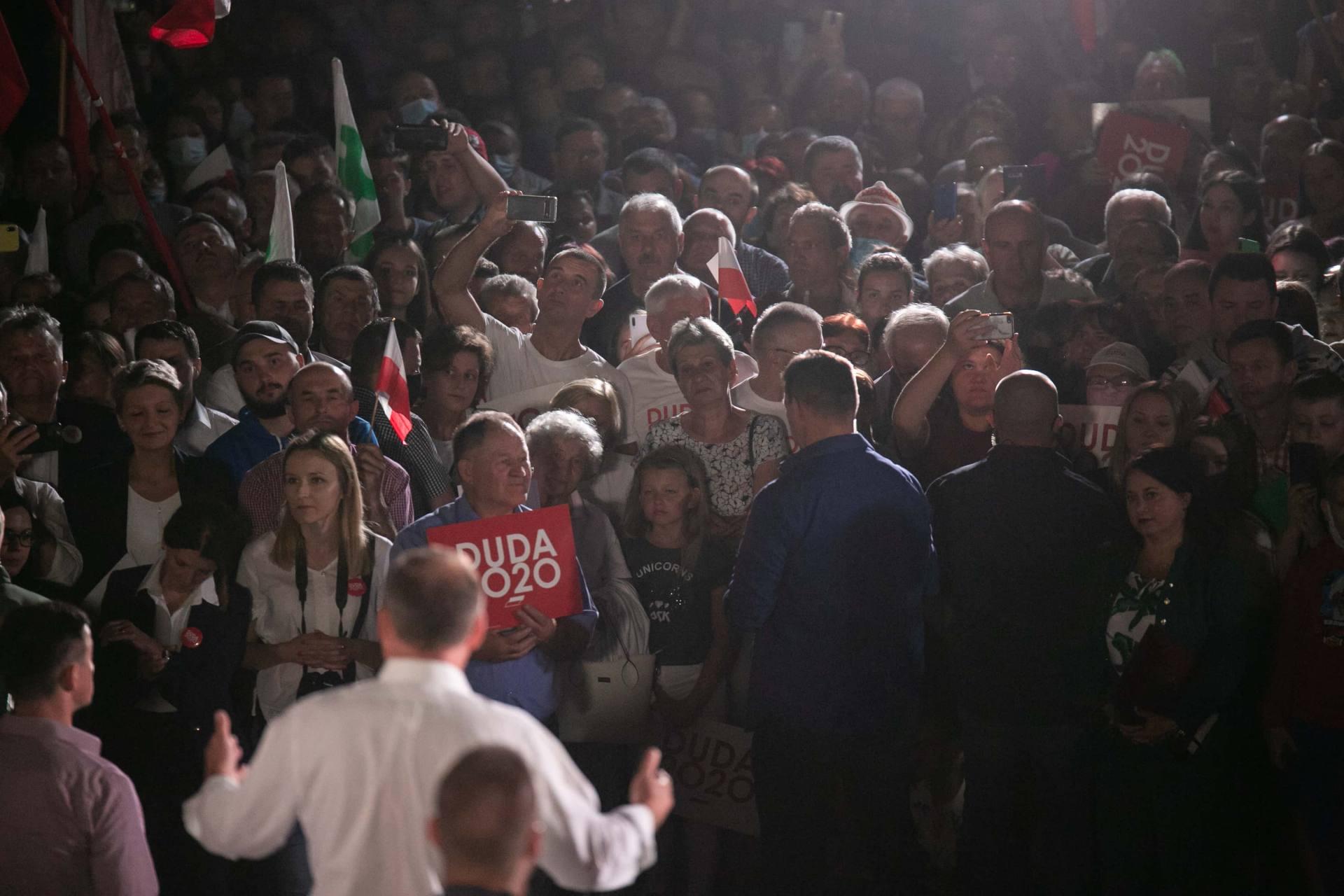 andrzej duda w zamosciu 97 Andrzej Duda prezydentem RP na drugą kadencję. PKW podała wyniki z prawie wszystkich komisji wyborczych.