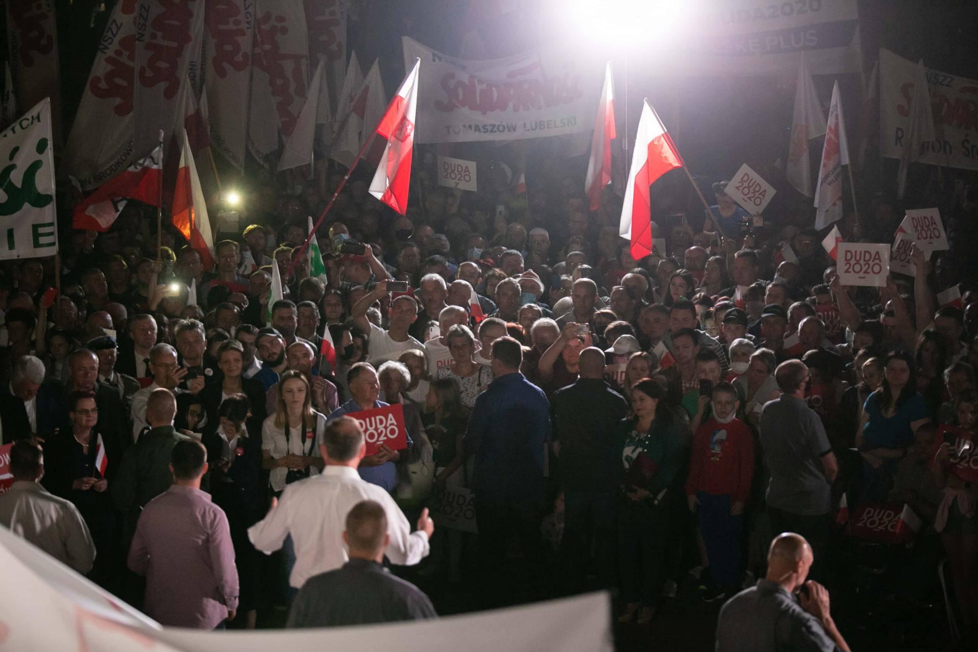 andrzej duda w zamosciu 98 Andrzej Duda prezydentem RP na drugą kadencję. PKW podała wyniki z prawie wszystkich komisji wyborczych.