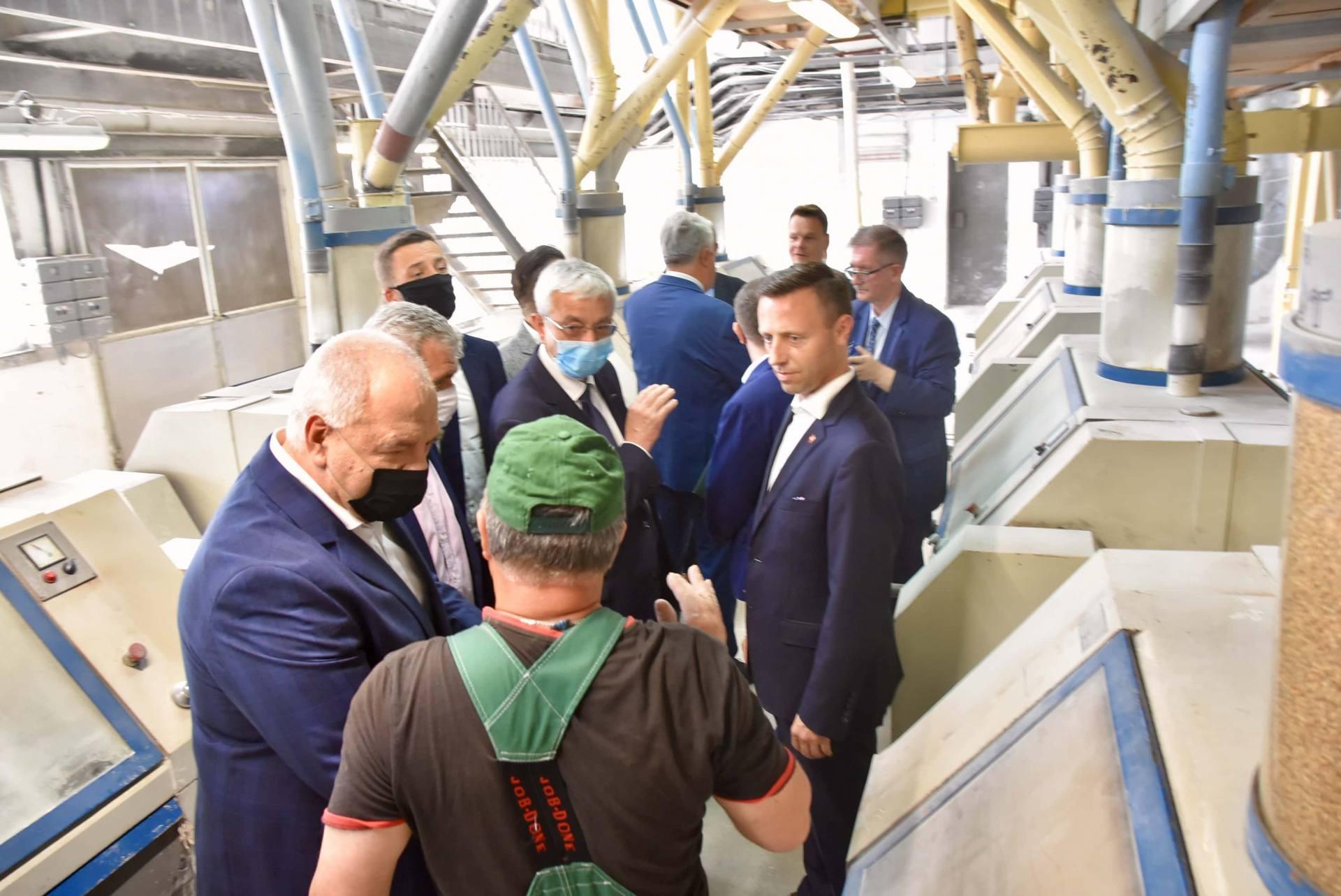 dsc 8035 Wicepremier Jacek Sasin zapowiedział modernizację Zamojskich Zakładów Zbożowych