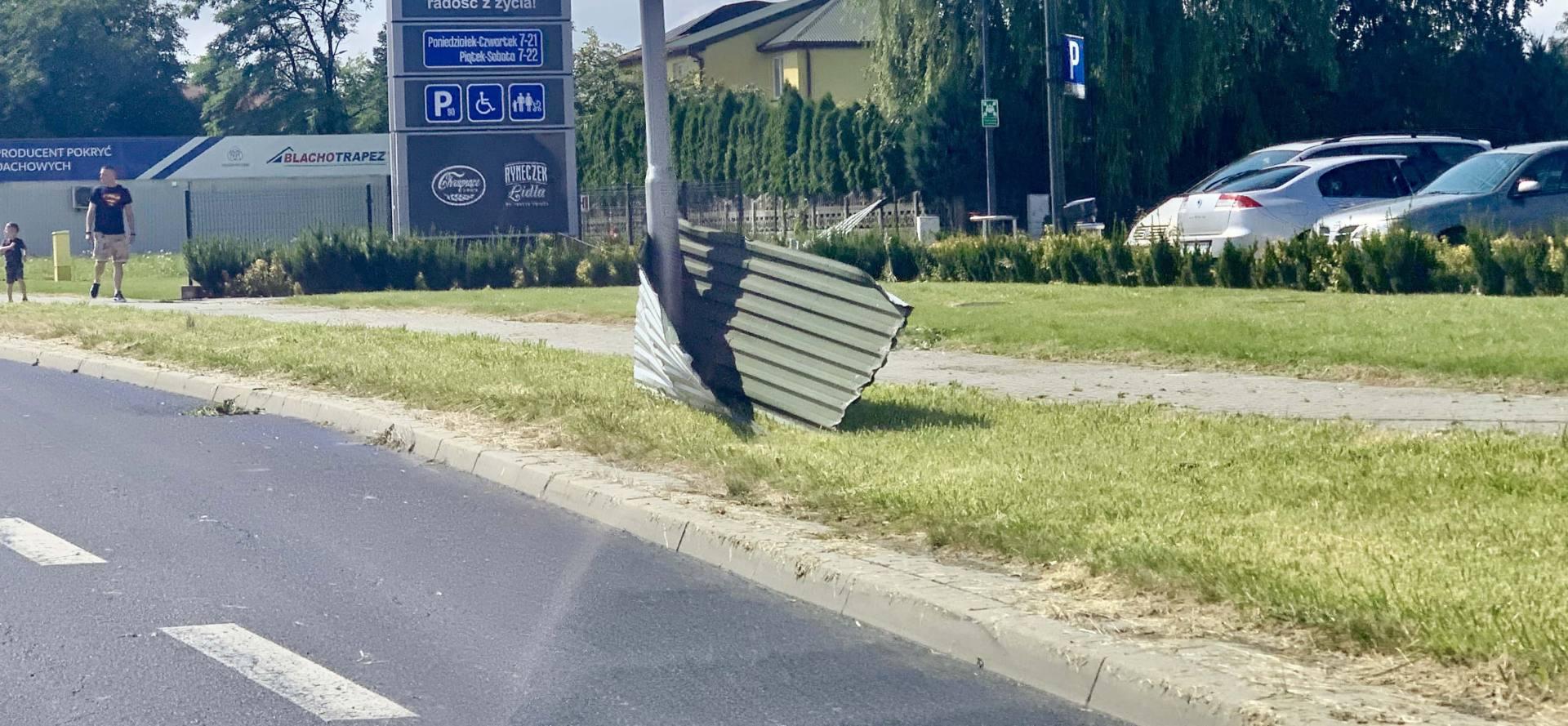 img 0980 Zerwane dachy, połamane drzewa, uszkodzone samochody. Straty po burzy, która przeszła nad Zamojszczyzną