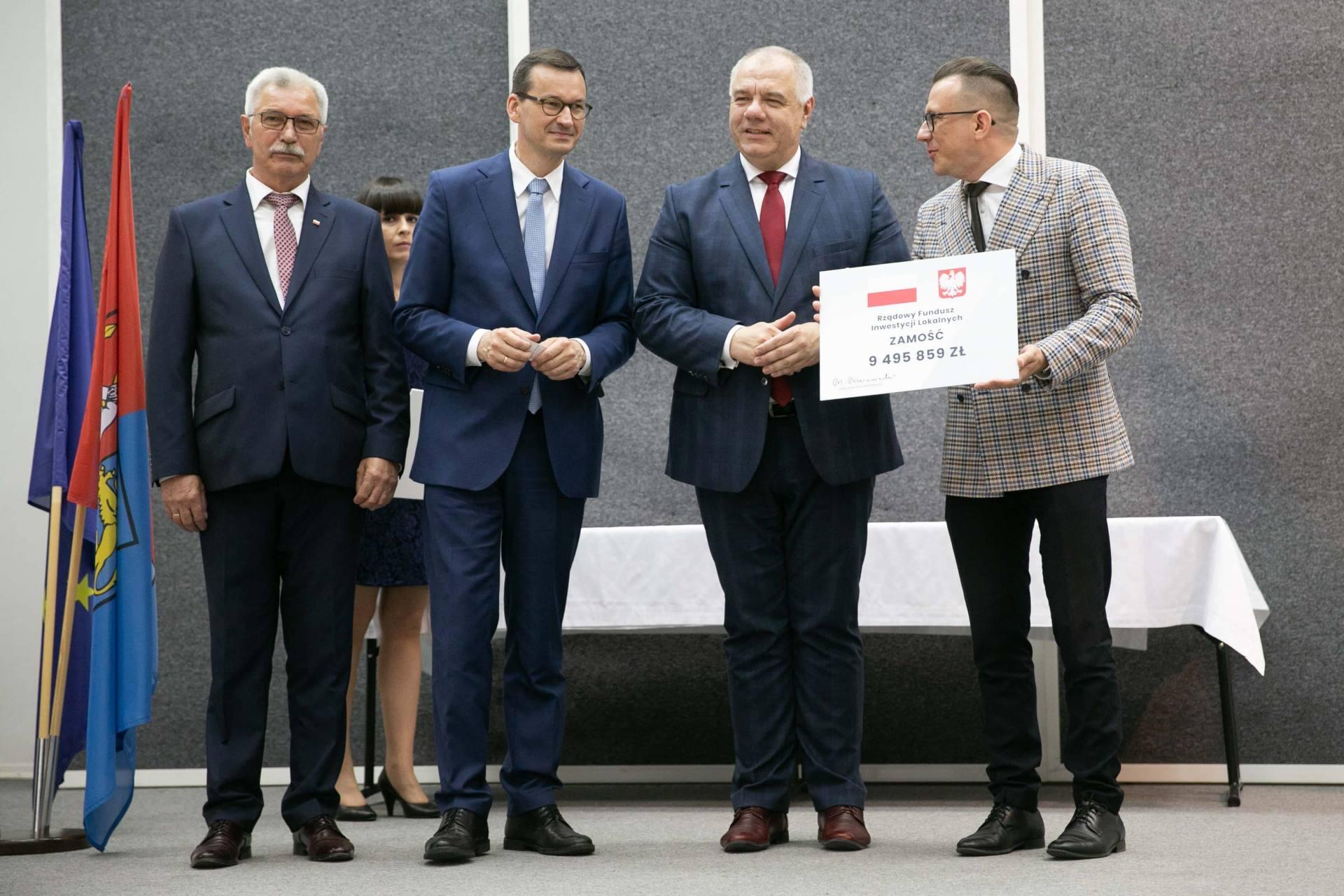 premier morawiecki w zamosciu 32 Premier Mateusz Morawiecki spotkał się z samorządowcami z Zamojszczyzny [ZDJĘCIA]
