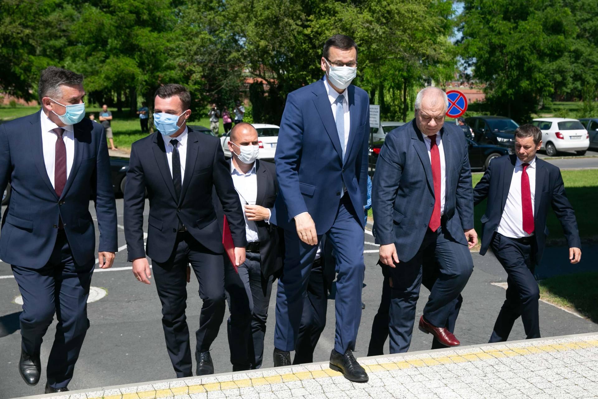 premier morawiecki w zamosciu 4 Premier Mateusz Morawiecki spotkał się z samorządowcami z Zamojszczyzny [ZDJĘCIA]