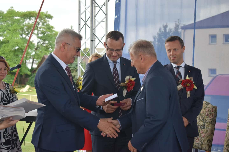 61 23 sierpnia odbyły się Dożynki Powiatowo-Gminne w Łabuniach. Publikujemy zdjęcia