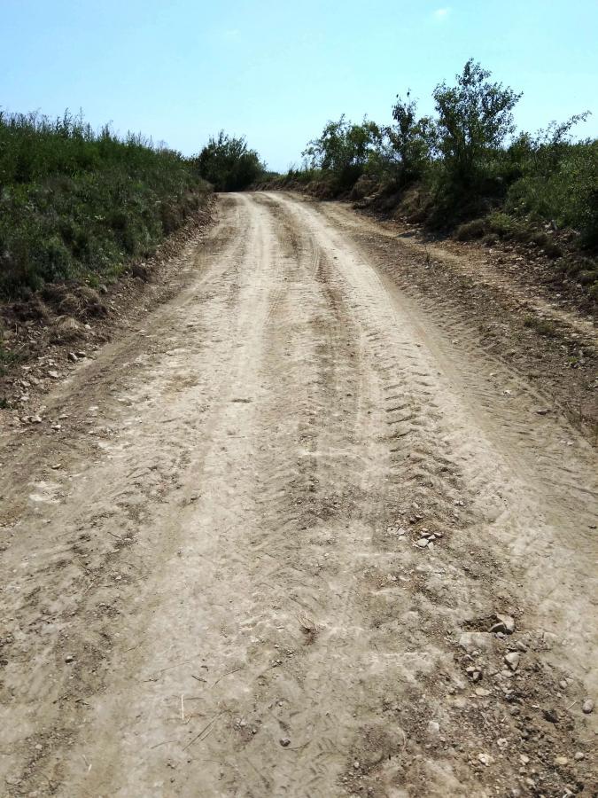 droga Krasnobród: Remont dróg gminnych stanowiących dojazd do pól.