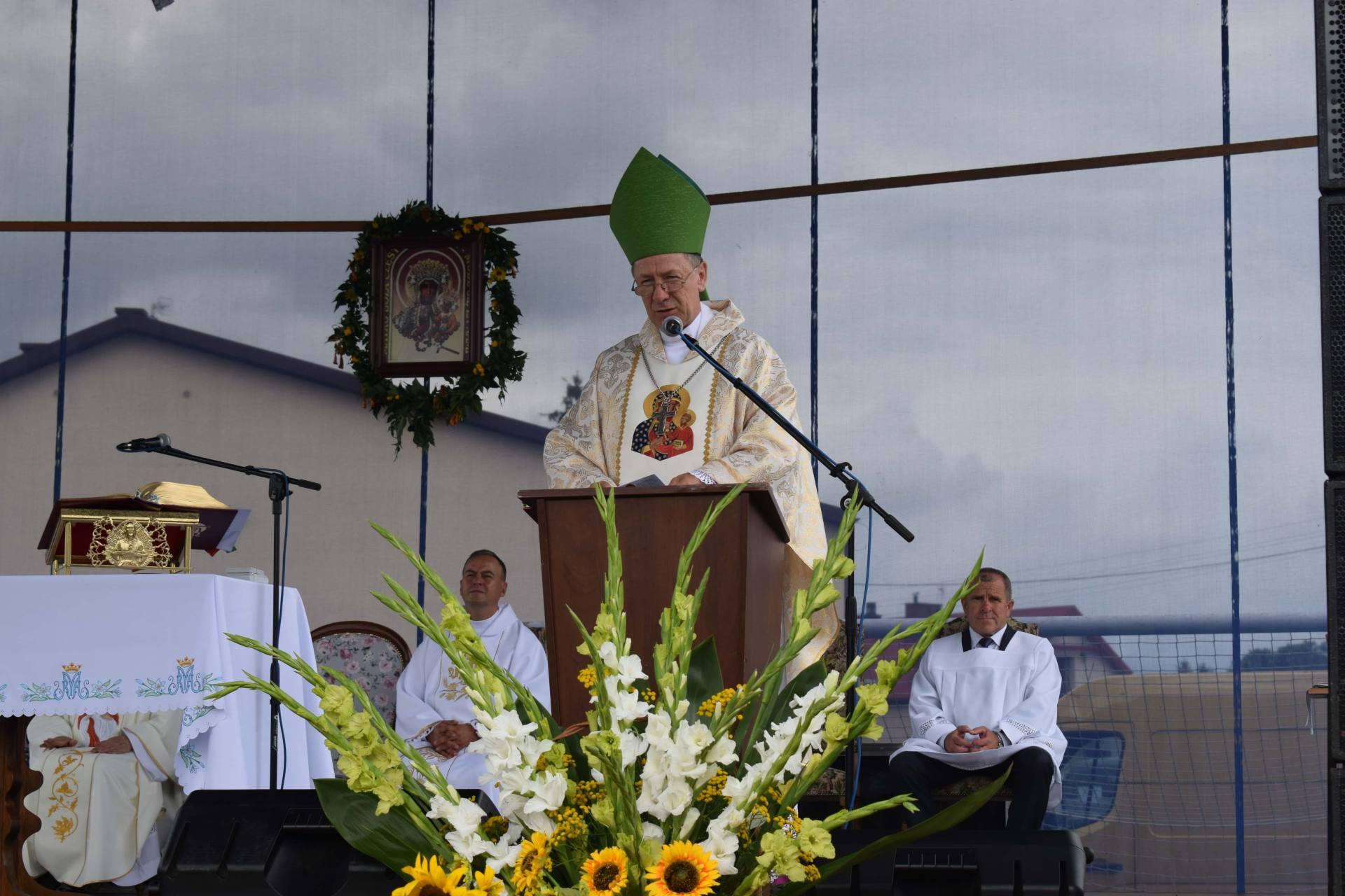 dsc 0001 23 sierpnia odbyły się Dożynki Powiatowo-Gminne w Łabuniach. Publikujemy zdjęcia