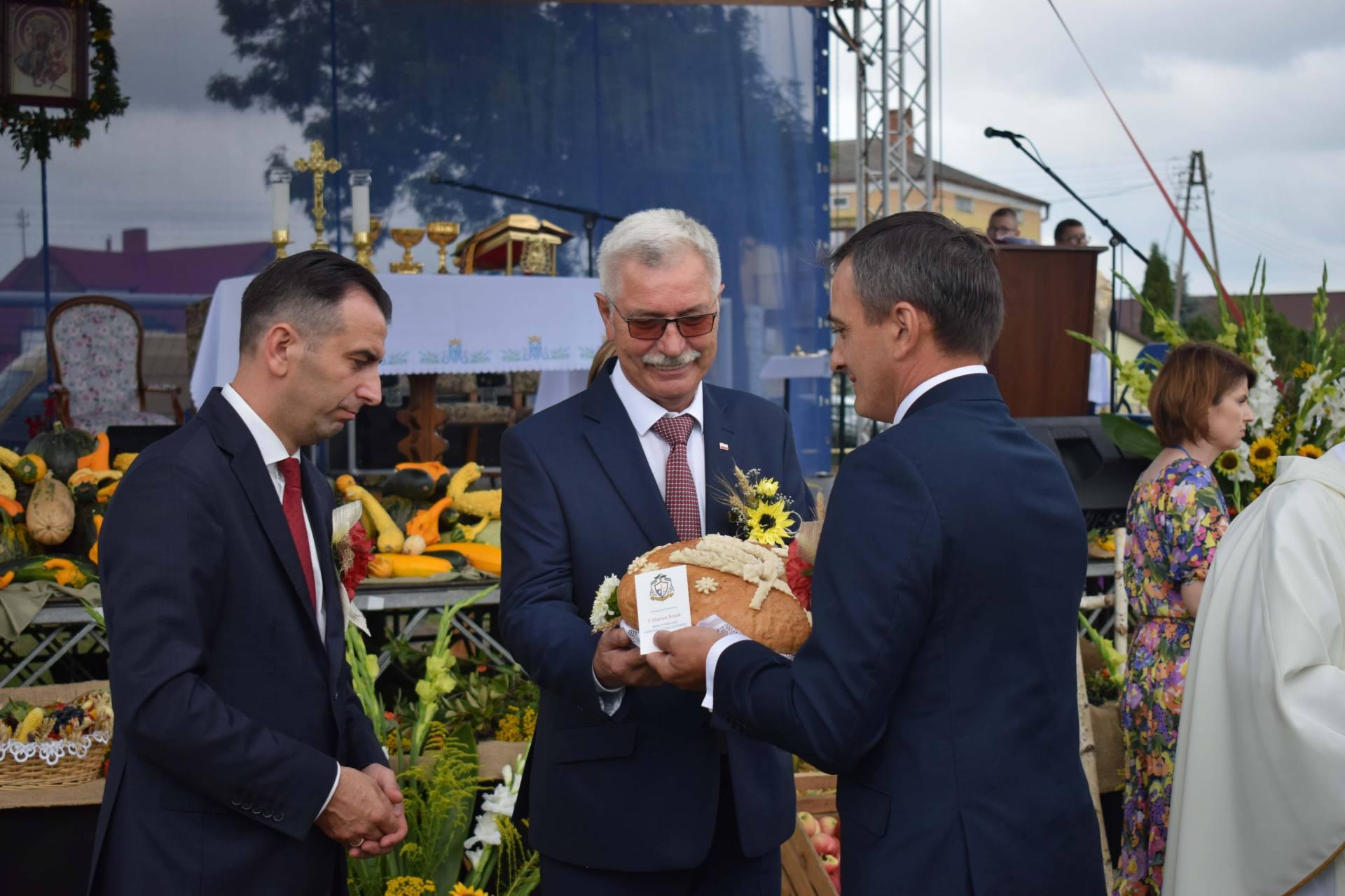 dsc 0208 23 sierpnia odbyły się Dożynki Powiatowo-Gminne w Łabuniach. Publikujemy zdjęcia