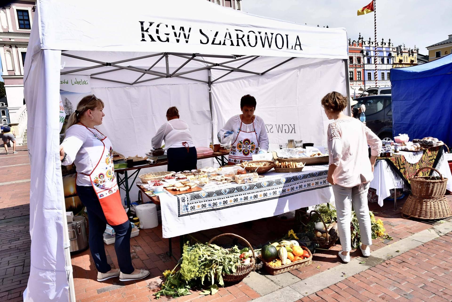 dsc 0453 Żywność prosto od rolnika na Rynku Wielkim w Zamościu. Zobacz zdjęcia i film