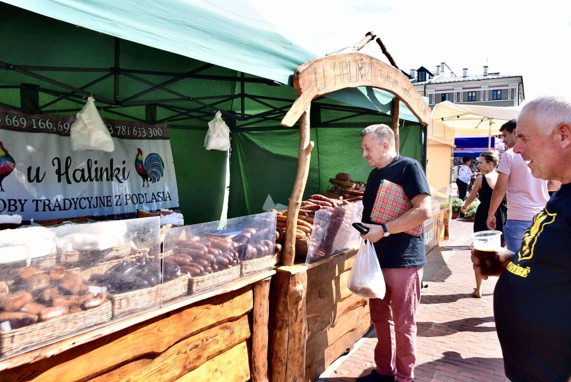dsc 0465 Żywność prosto od rolnika na Rynku Wielkim w Zamościu. Zobacz zdjęcia i film