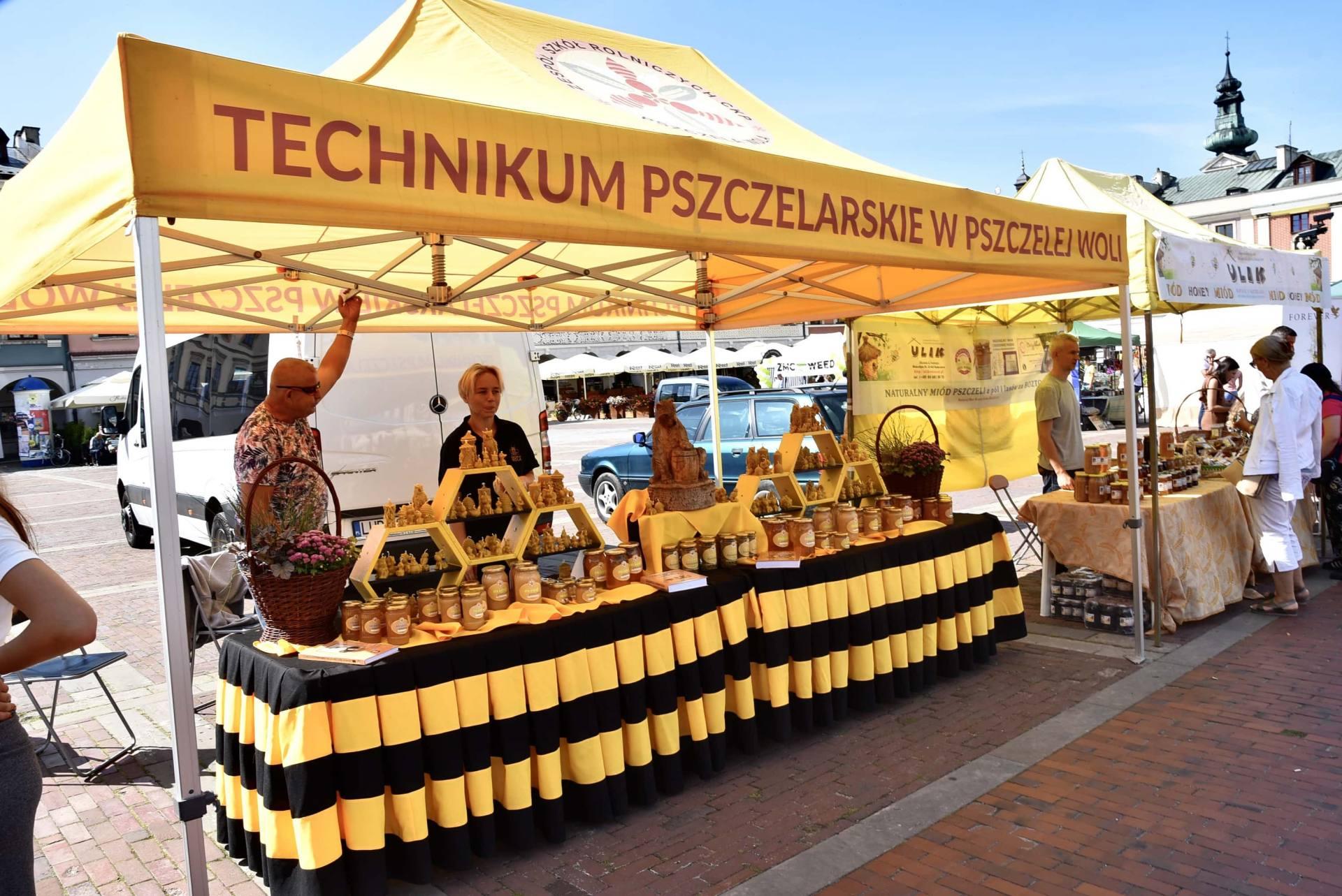 dsc 0469 Żywność prosto od rolnika na Rynku Wielkim w Zamościu. Zobacz zdjęcia i film