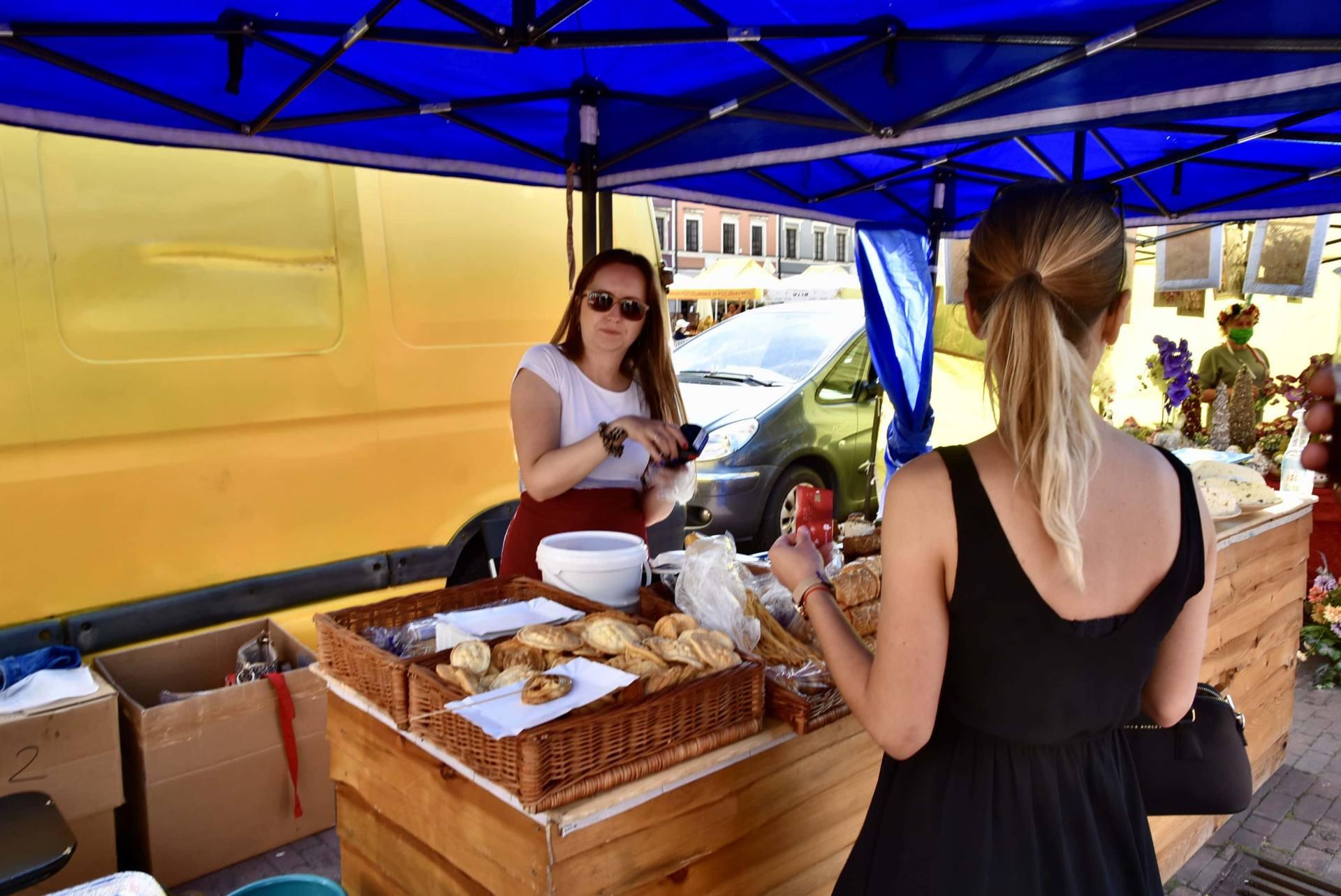dsc 0475 Żywność prosto od rolnika na Rynku Wielkim w Zamościu. Zobacz zdjęcia i film