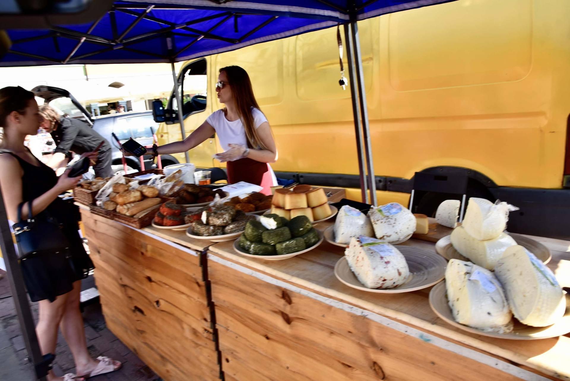 dsc 0478 Żywność prosto od rolnika na Rynku Wielkim w Zamościu. Zobacz zdjęcia i film