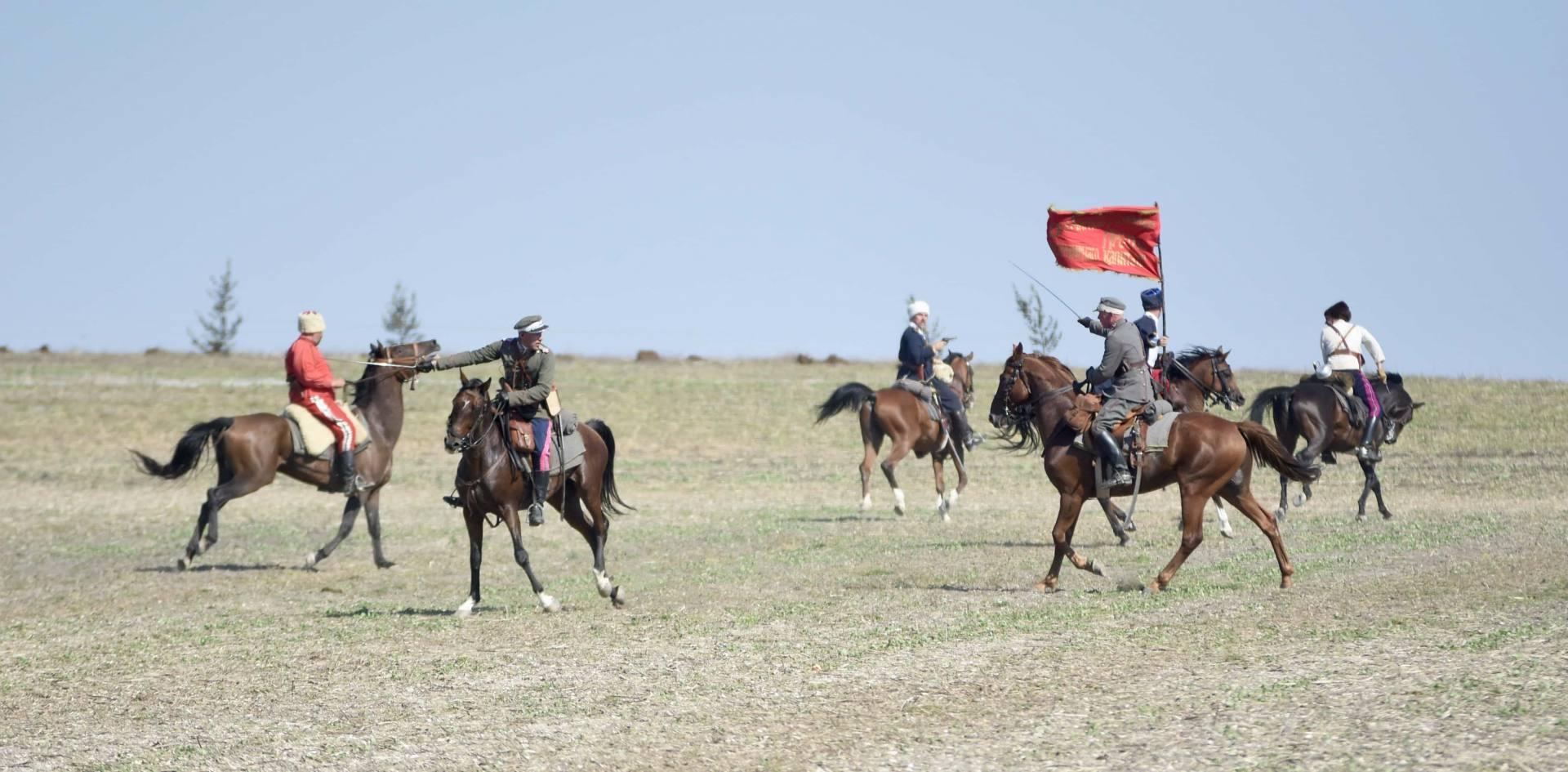 dsc 0956 Czas szabli - 100 rocznica bitwy pod Komarowem(zdjęcia)