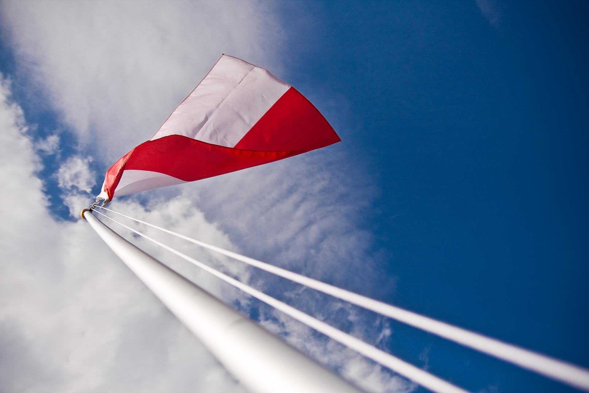 flaga 1 Zagłosuj na polską flagę w Gminie Zamość