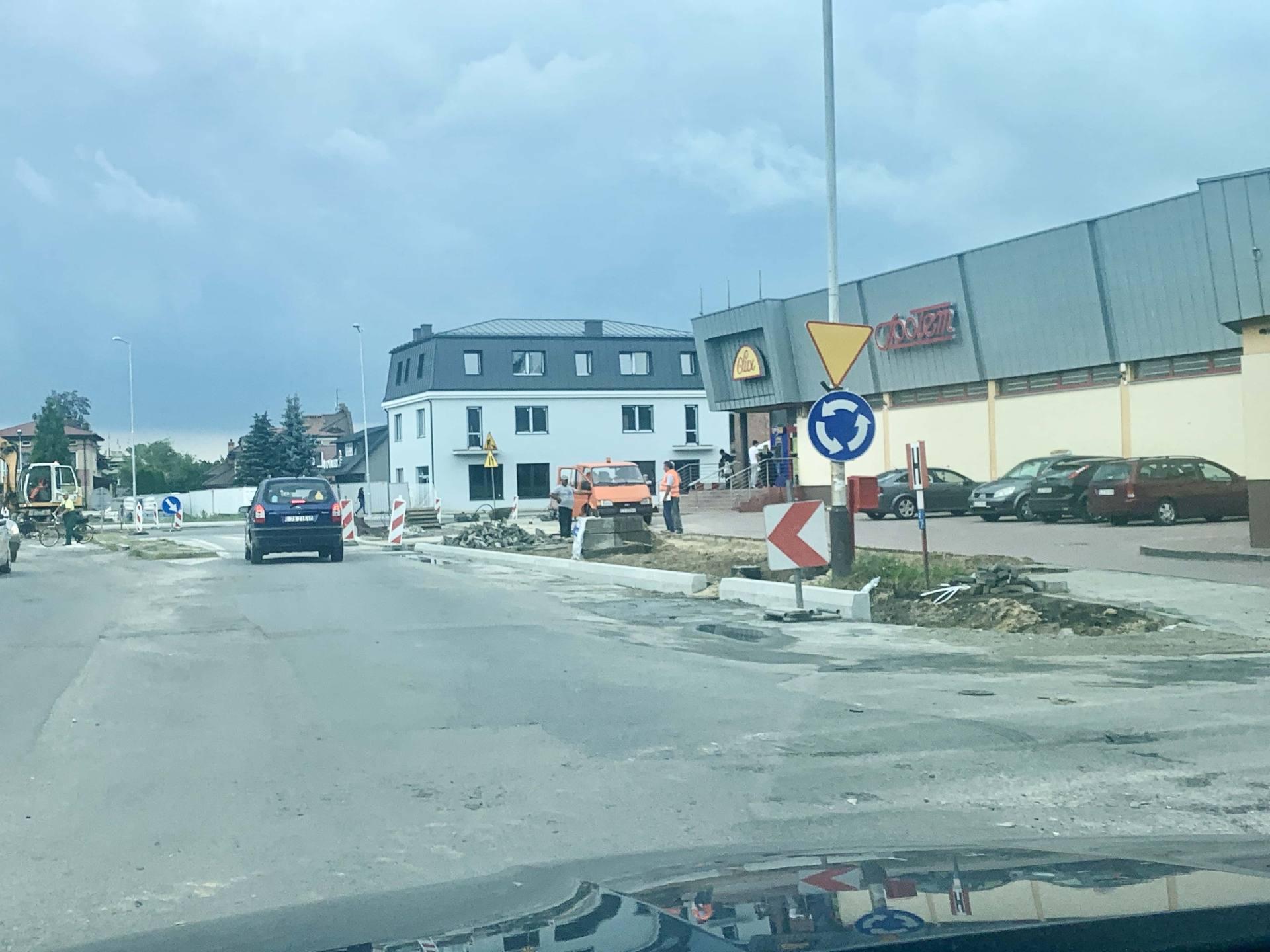 img 1742 1 Zamość: To już JEST RONDO, mimo, że skrzyżowaniu trwają jeszcze prace. [WIDEO, ZDJĘCIA]