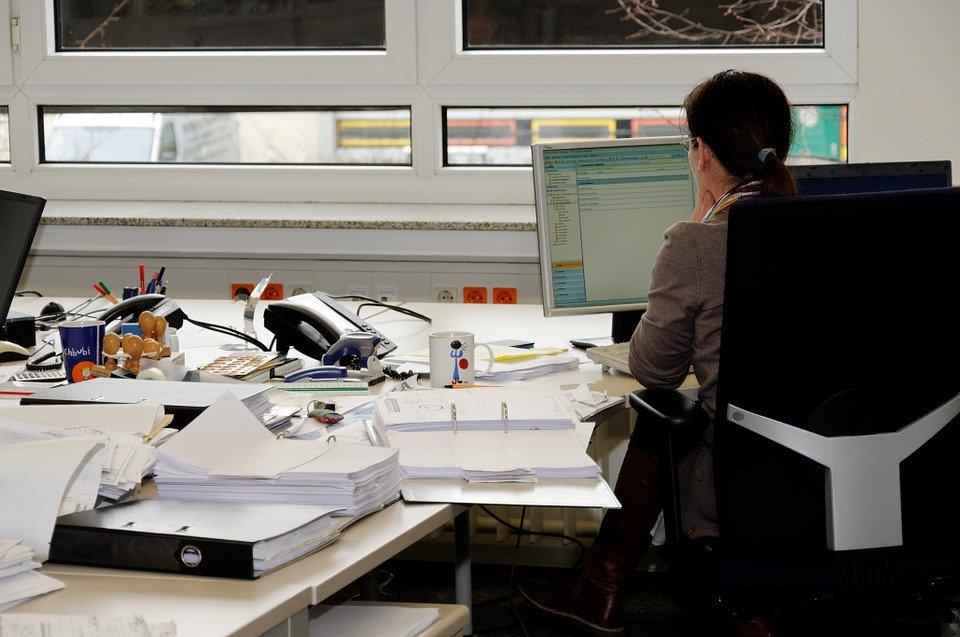 secretary 338561 960 720 Urząd Marszałkowski i ZUS będą nieczynne 14 sierpnia