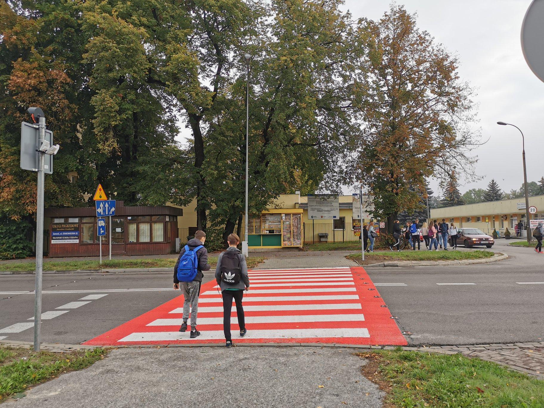 118765330 167338561639496 3056873931054697427 o Zamość: Nowe, interaktywne przejścia dla pieszych