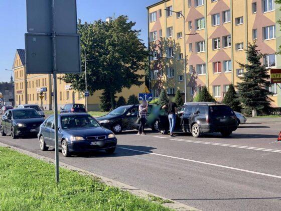 119048922 732012060991254 5266081934964662624 n UWAGA kierowcy! Zderzenie dwóch aut na Piłsudskiego [ZDJĘCIA]