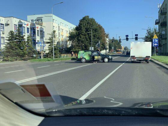 119056652 2652342998429111 7261385291207366393 n UWAGA kierowcy! Zderzenie dwóch aut na Piłsudskiego [ZDJĘCIA]