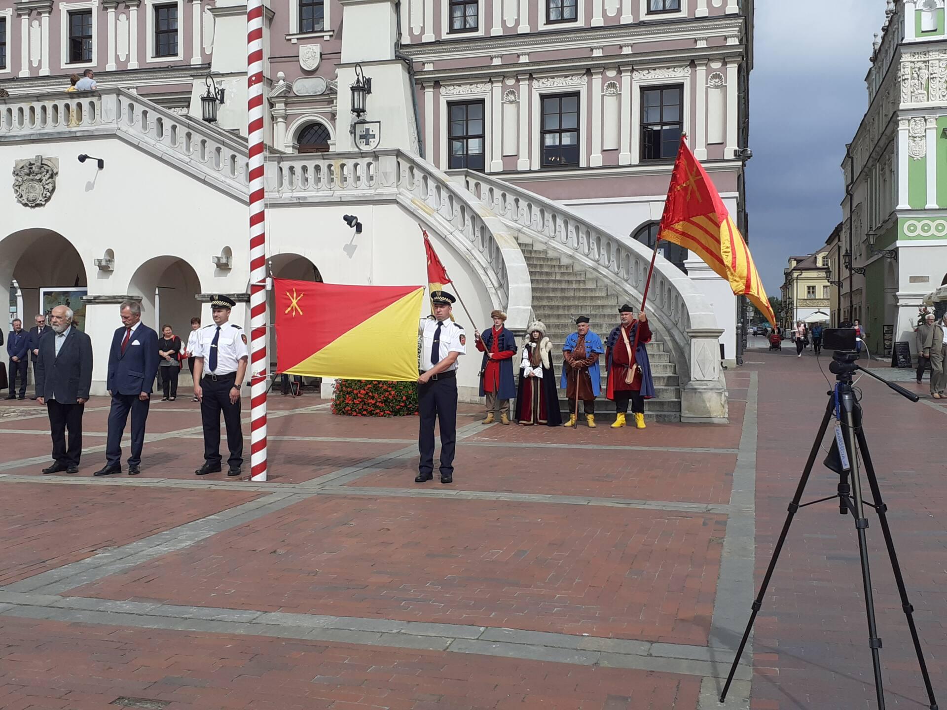 20200910 115510 Zamość świętował dziś 25. rocznicę uchwalenia flagi miejskiej