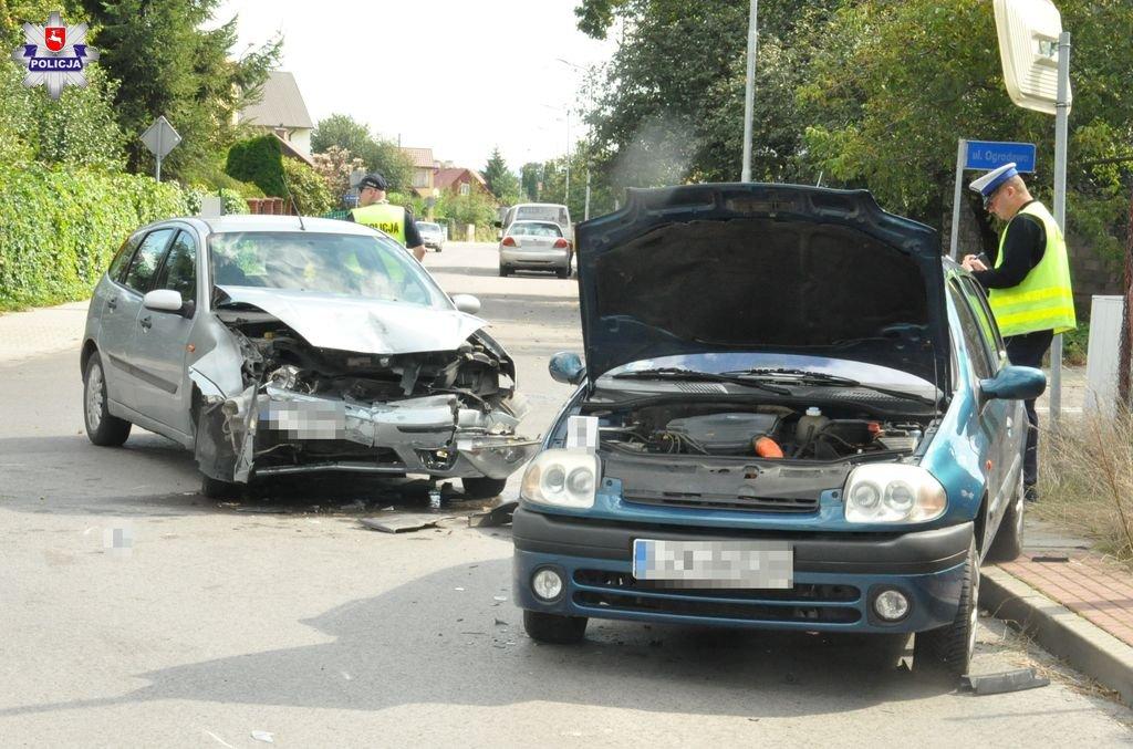 68 174335 Zamość: Kierowca forda nie zatrzymał się na