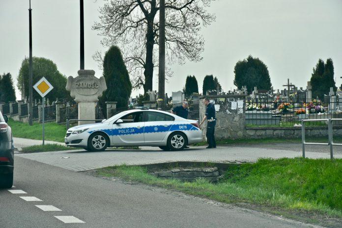 dsc 2352 696x465 1 Kierowcy, noga z gazu! Na drogach trwa dziś duża akcja policji!