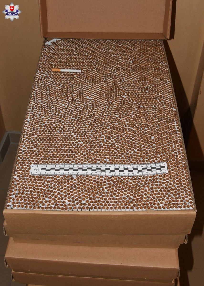 policja2 Zabezpieczono ponad 93 tysiące sztuk papierosów bez polskich znaków akcyzy