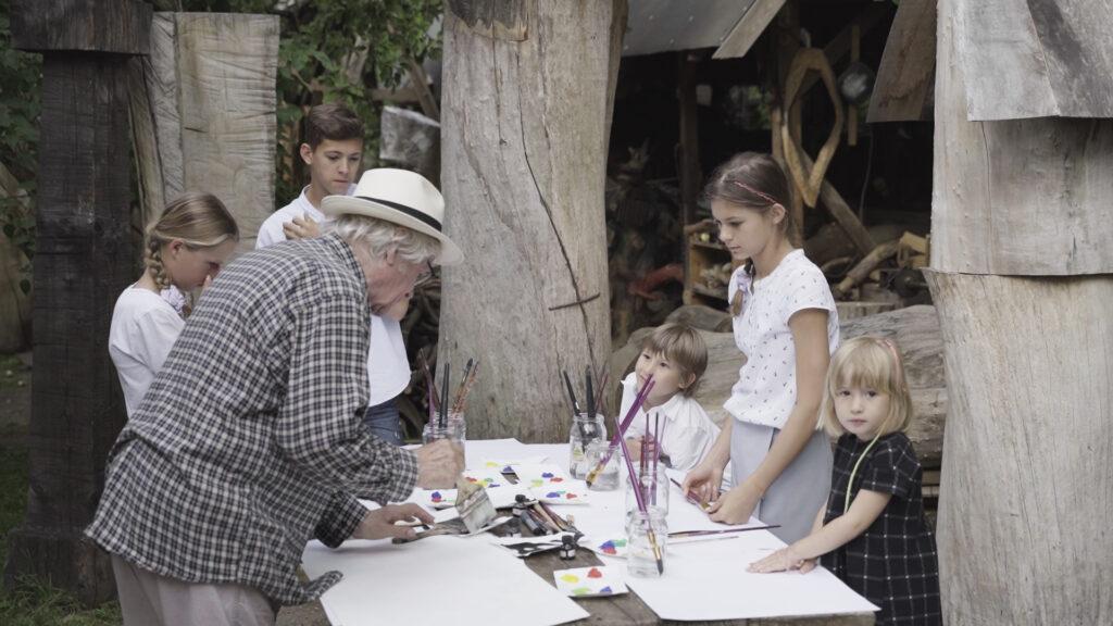 scena 1 4 czysta 00 13 32 13 still031 1024x576 1 Międzypokoleniowy Festiwal Literatury Dziecięcej  Ojce i dziatki w Zamościu