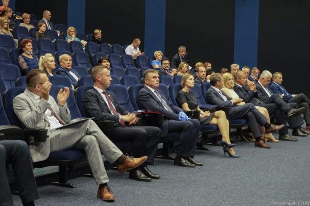 """szpital1 Zakończenie inwestycji i odznaczenia w """"papieskim"""