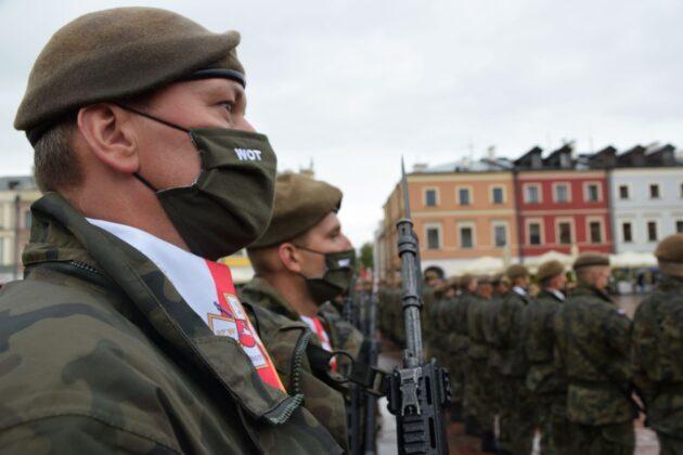 wot 1 Uroczyste obchody święta Wojsk Obrony Terytorialnej wZamościu