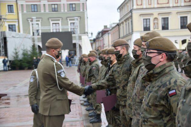 wot 6 Uroczyste obchody święta Wojsk Obrony Terytorialnej wZamościu