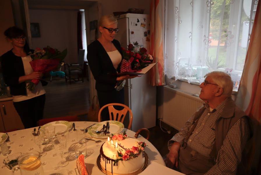 zrzut ekranu 2020 09 2 o 09 16 58 Wyjątkowy Jubileusz. Pan Stanisław obchodził setne urodziny.